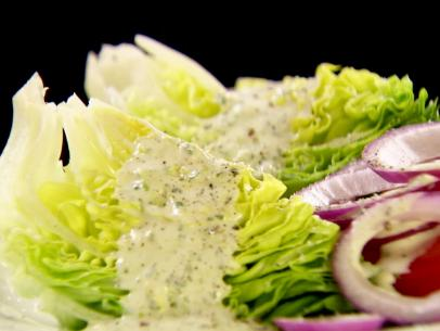 bibb-salad-with-ranch